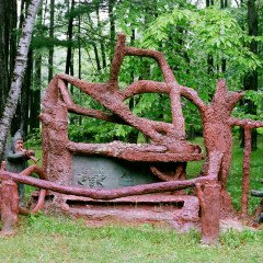 James Tellen's Woodland Sculpture Garden 5